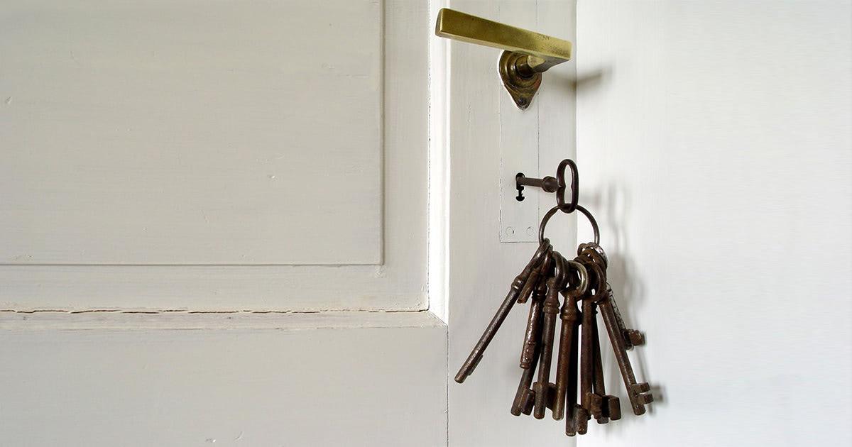 ドアの鍵束