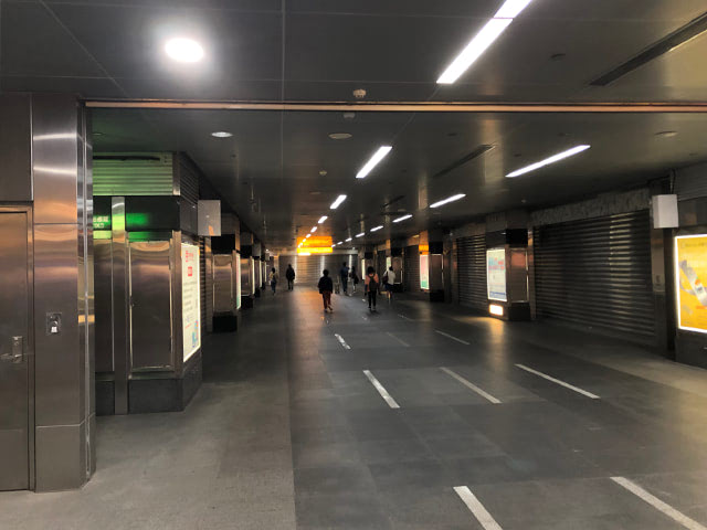 台湾の地下鉄駅構内
