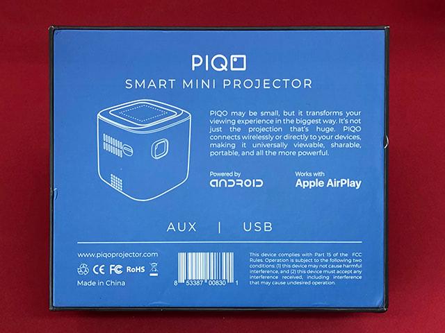 Piqoプロジェクターのパッケージ裏面